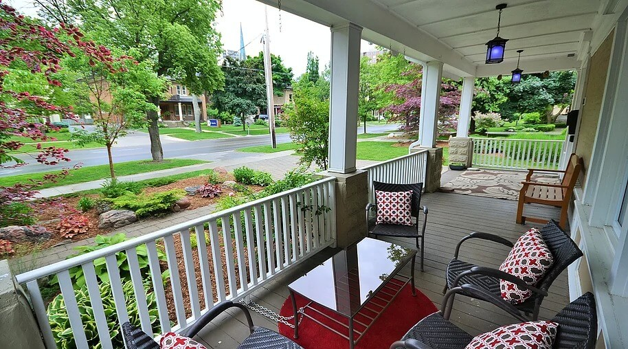 dufferin outdoor furnished suite rental image